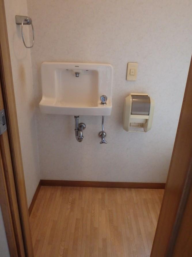 トイレの手洗器交換の施工例をご紹介!!