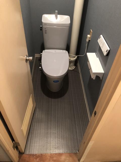 トイレに縦管があるマンションの内装施工事例のご紹介