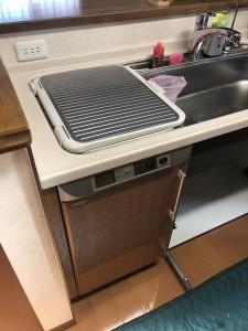 トップオープン製食洗からの取替工事施工現場のご紹介