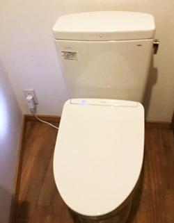 トイレ/TOTO ピュアレストQR便器 [床排水芯200mm固定]/CS232B+SH232BA 温水洗浄便座/TOTO ウォシュレット『アプリコットF1』[壁リモコンタイプ]/TCF4713R