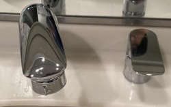 TOTO 洗面用水栓『ニューウェーブシリーズ』[コンビネーション水栓]TLG05301J