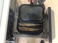 パロマのラクックでさんまを焼いてみました