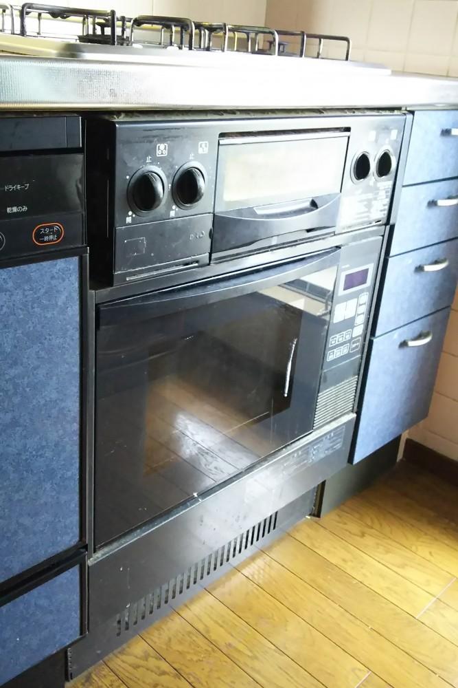 ガスオーブンから収納庫への交換もお任せください!