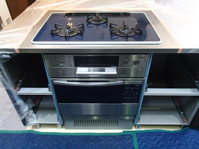 ガスコンロ・ガスオーブンから、IH・電気オーブンに交換できます!